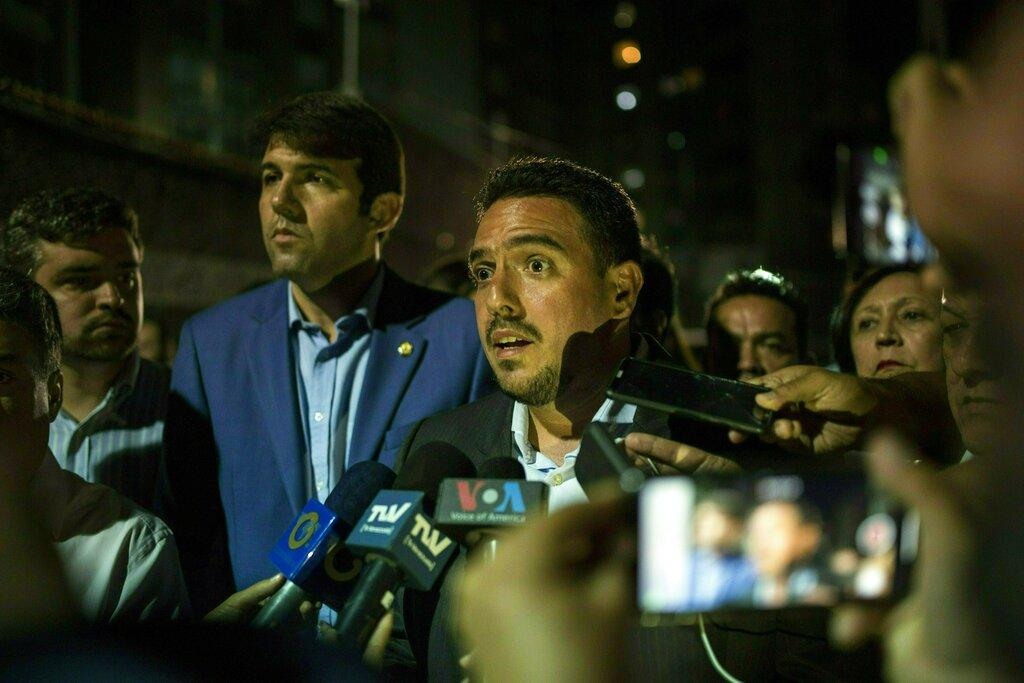 Varios países califican de arbitraria detención del diputado Édgar Zambrano