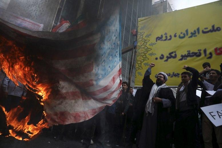 Irán preparado para siguiente paso de reducir compromiso nuclear