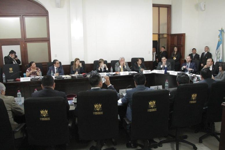Comisión de DD. HH. aplaza votación de Jordán Rodas - La Hora