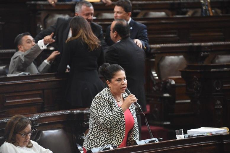 Resultado de imagen para diputada Aracely Chavarría