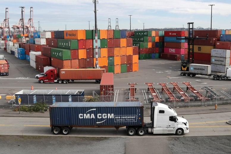 Guerra comercial: Exportaciones chinas sufren caída del 1,1 por ciento