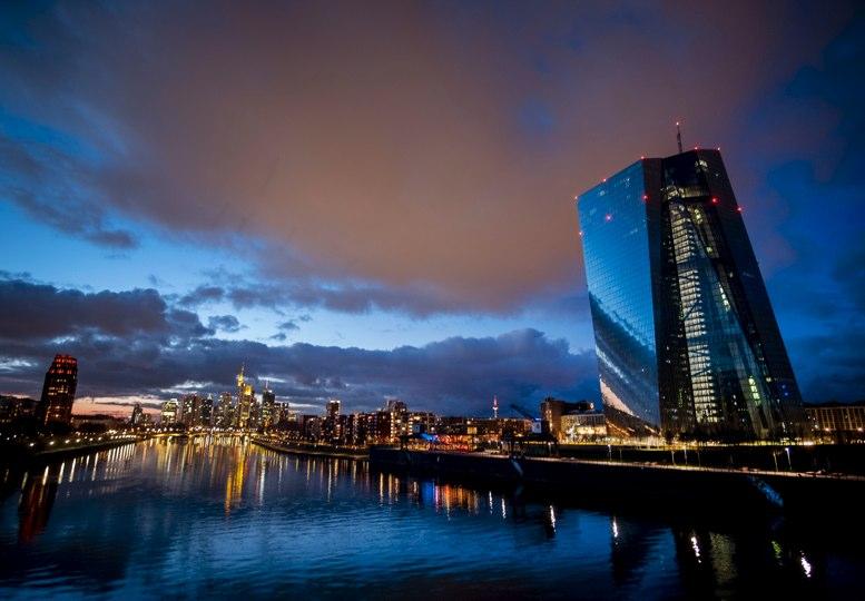 Bancos centrales analizan si deben emitir criptomonedas