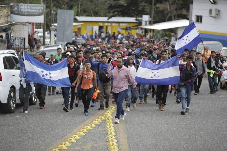 Nueva caravana de migrantes hondureños emprende viaje a EE.UU