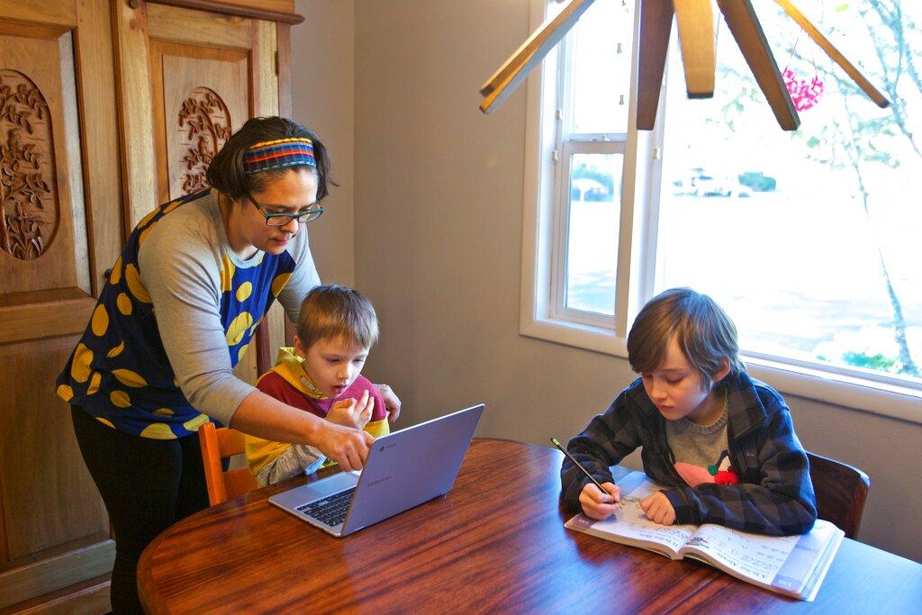 Resultado de imagen de Coronavirus y niños: cómo enfrentar la cuarentena en casa