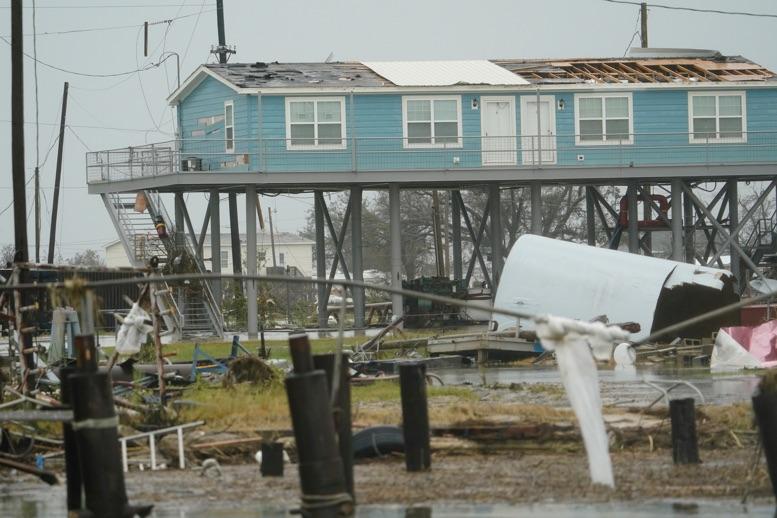 Trump visita área de Luisiana golpeada por huracán Laura