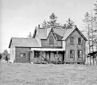 Ontario Farmhouse on Parker farm