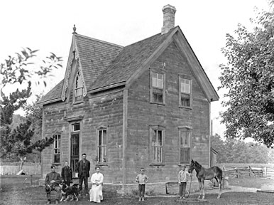 James and Alice Jones' house, Con. 5 NER (Carter and Isaac photo)