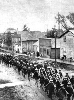 Soldiers in Arkona, 1916