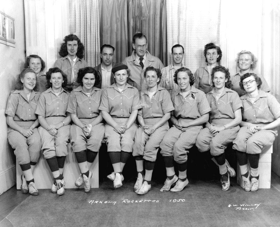 Arkona Rockettes softball team, 1950.