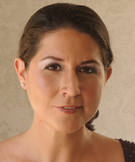 Adriana Manfredi Mezzo Soprano