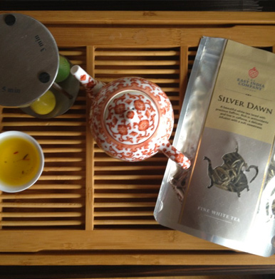 The East India Company: Silver Dawn White Tea with Saffron