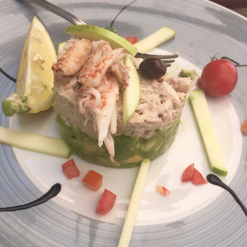 Crab and avocado salad at Le Couleurs Jardin
