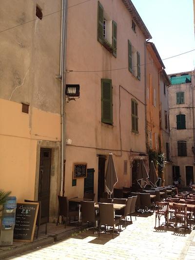 Rustic Saint Tropez