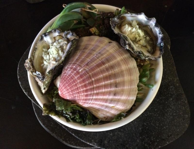 Australian oysters at Vue du Monde