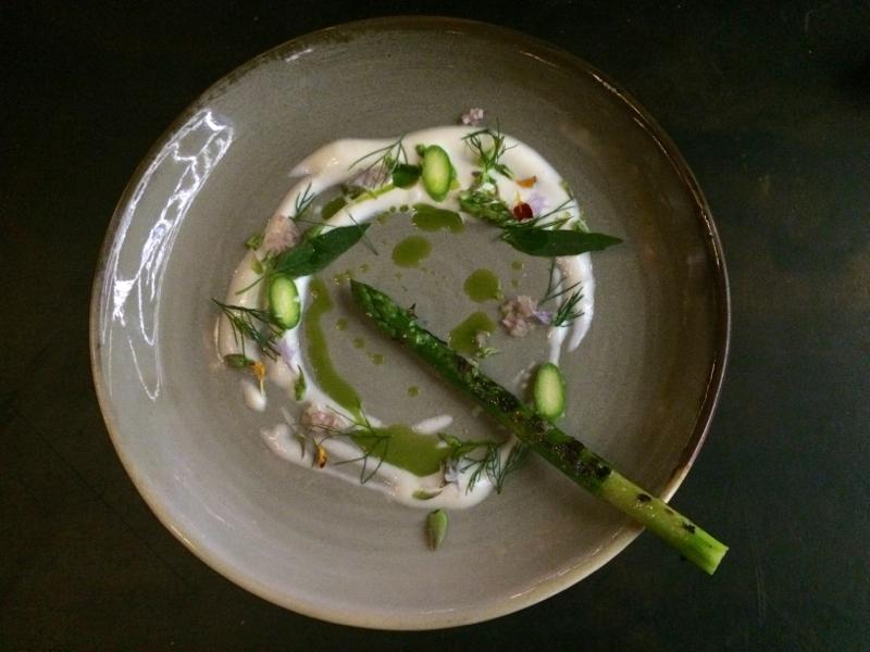Green asparagus at Vue de monde
