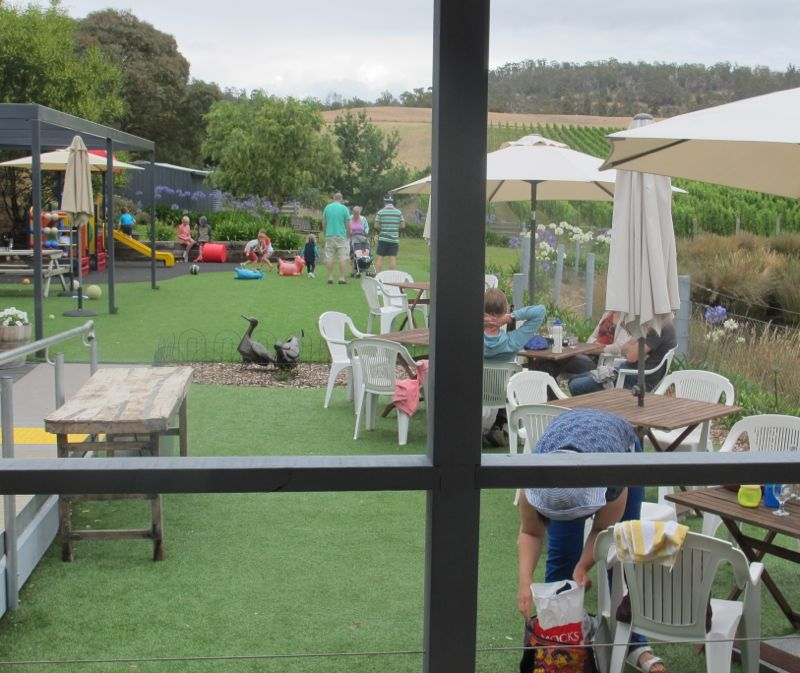 Puddleduck family winery in Tasmania