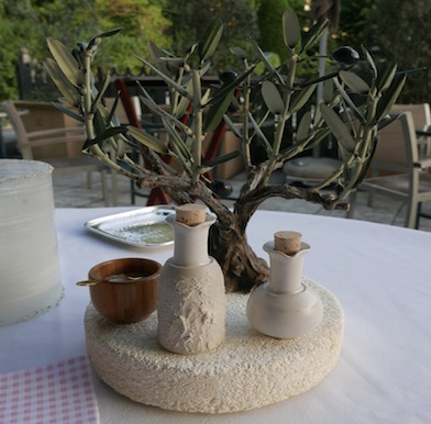 L'Oustau de Baumanière: woing the peaceful heart of Provence with outstanding dining