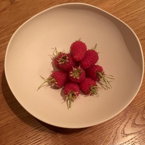 seasonal raspberries from Versailles