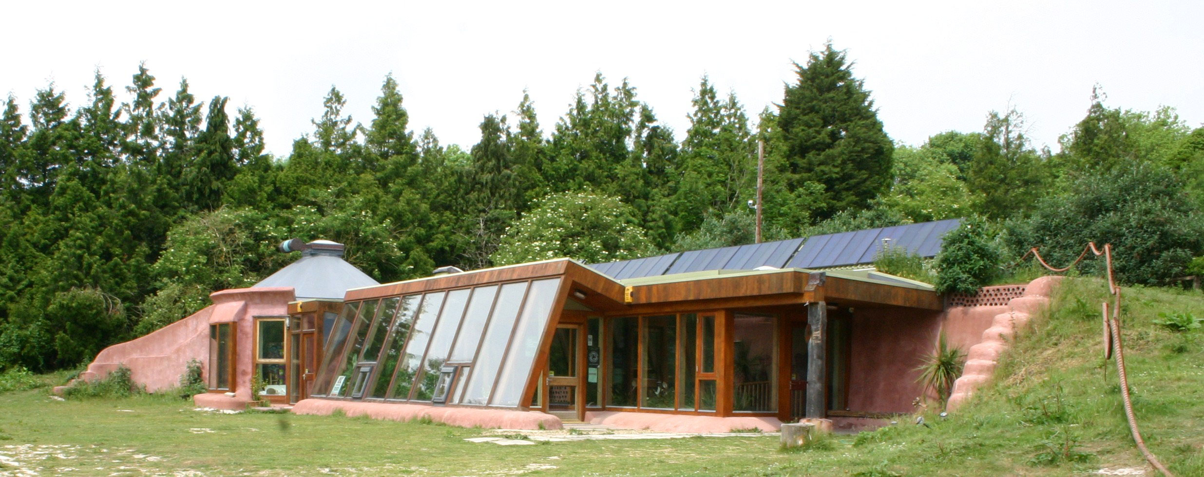 Self Sustaining Homes building an earth-friendly, self-sustaining home - landcentral
