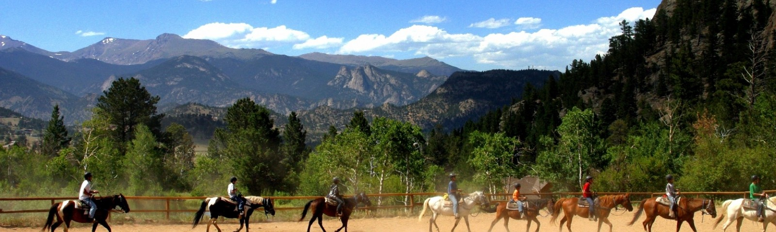Review of Cheley Colorado Camps | Lantern Camps