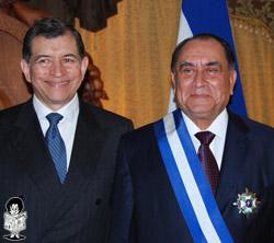 El homenaje del gobierno de Roberto Micheletti le costó el cargo, Ochoa Pérez