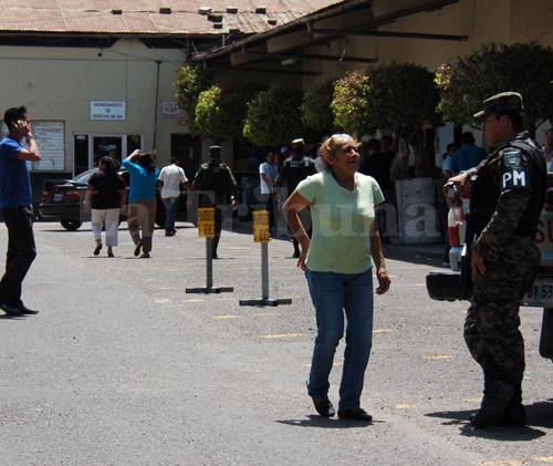 Las autoridades aseguran que en la Insep hay unos 2,000  paracaidistas.