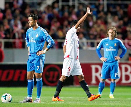 Real Madrid recibe hoy al Rayo Vallecano tras sus dos derrotas consecutivas.