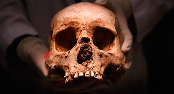 La oficina Médico forense de Pima, guarda actualmente 90  restos los cuales tratan de identificar.