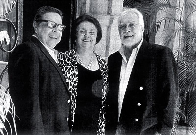 Actual de los tataranietos de Schldiden en Honduras (cuarta generación): Licenciado Erich Roberto Bondy (rojo, verde y ajo), PM Miriam Bondy de Castro y el escritor e ingeniero Ernesto Bondy.