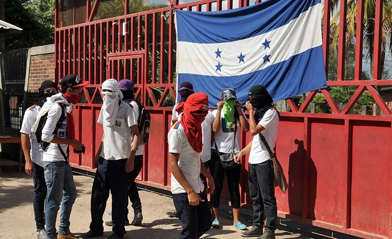 Alumnos del Intae terminan su huelga