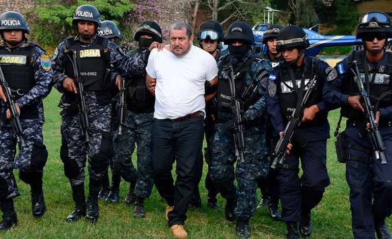 Suspenden audiencia contra mano derecha de 'Los Valle'