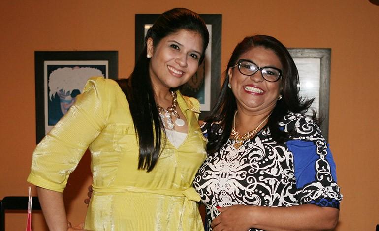 Viena Ochoa y Maressa Reyes.
