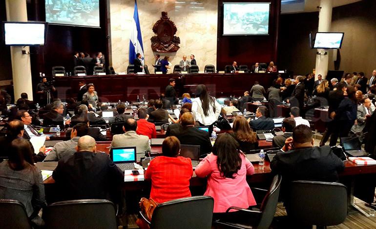 Congreso clausura legislatura y se conoce moción para aumentar magistrados del TSE