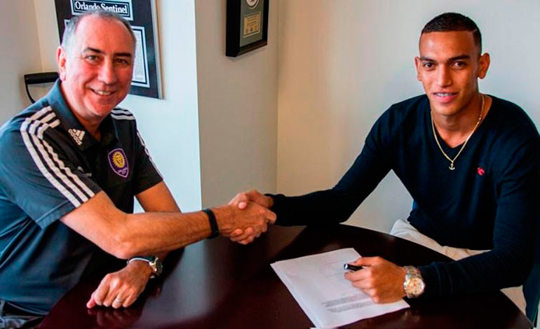 Orlando City confirma contratación de  hondureño Devron García