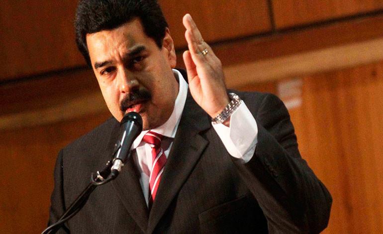 Maduro a Almagro: 'Métase su Carta Democrática por donde le quepa'
