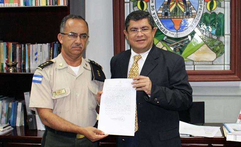 Asume el cuarto director del Instituto Nacional Penitenciario