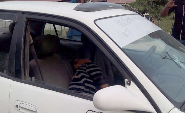 Matan dentro de taxi a maestra en San Pedro Sula