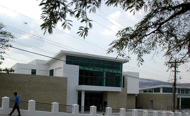 En este moderno edificio que será inaugurado en los próximos días funcionará el nuevo 911.