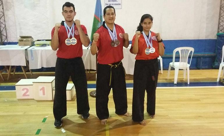 Atletas de full contact medallistas en Argentina