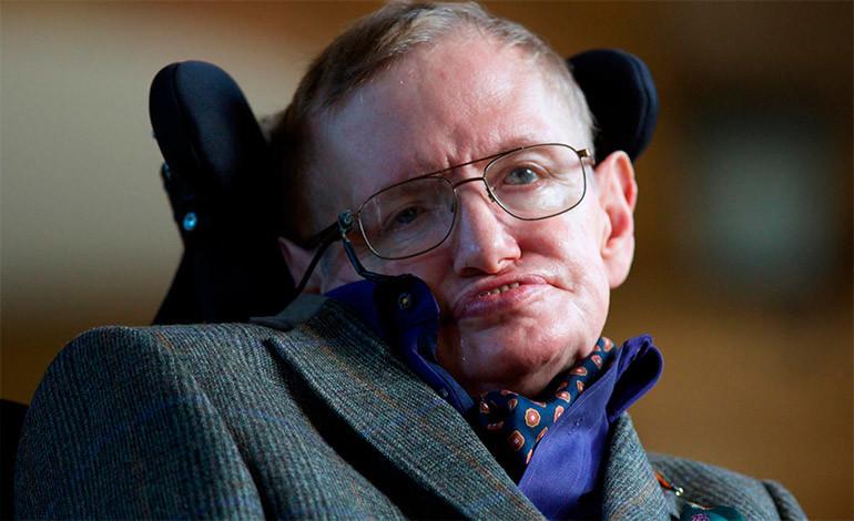Stephen Hawking confundido por popularidad de Trump