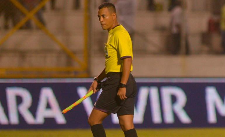 Árbitro Christian Ramírez representará a Honduras en Copa América Centenario