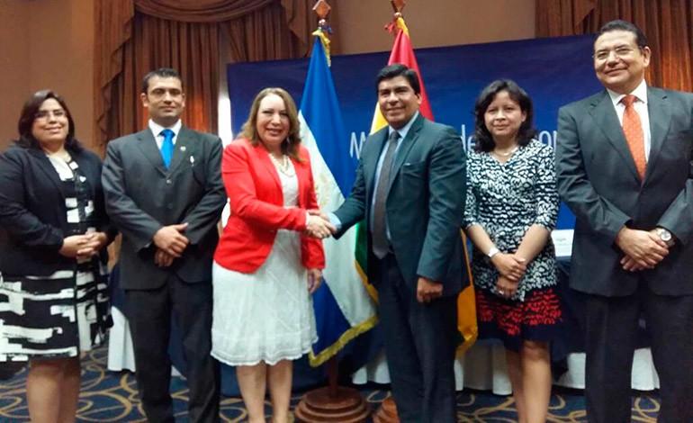 El Salvador y Bolivia buscan mejorar acuerdo comercial