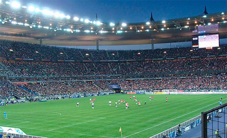 Fuerte explosión junto al 'Stade de France' horas antes del partido Francia-Islandia