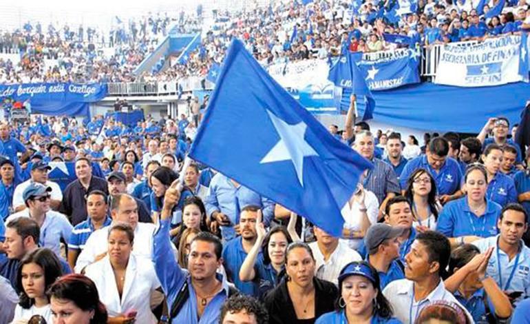 Nacionalistas piden a Hernández que acepte candidatura