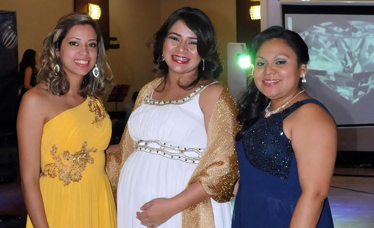 Nidia Altamirano, Ada Argueta, Lilian Meza.