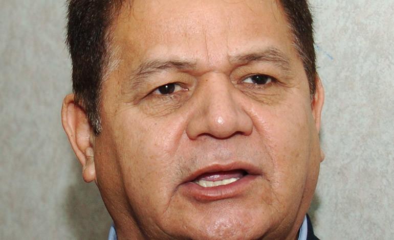 Romeo Vásquez Velásquez presenta recurso en TSE