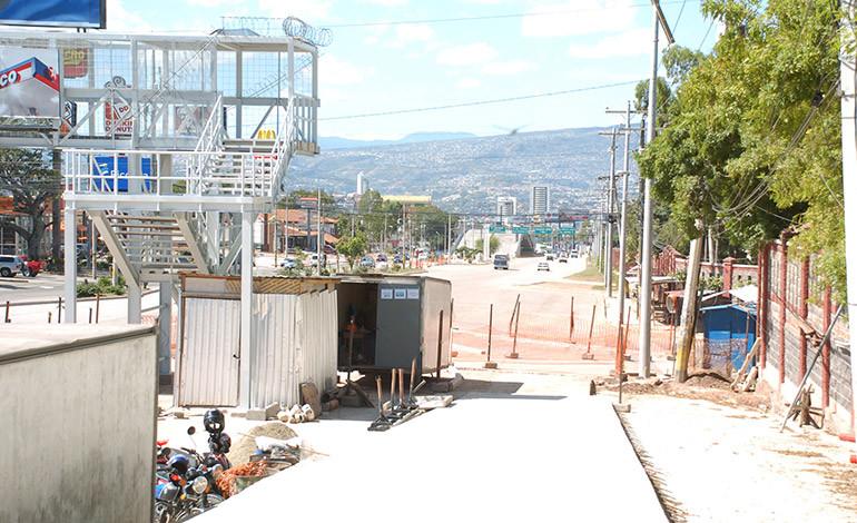 En tres meses concluyen tramo del Trans-450 en el bulevar Suyapa