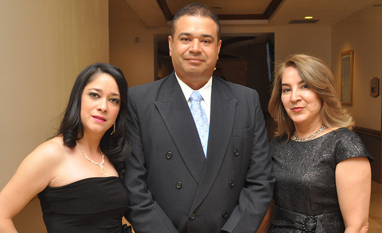 Angie y Miguel Castejón, Dirla de Castillo.