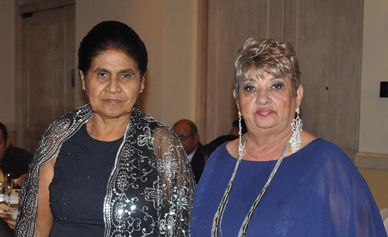 Alejandra Cruz y Victoria Sagrario Salgado.