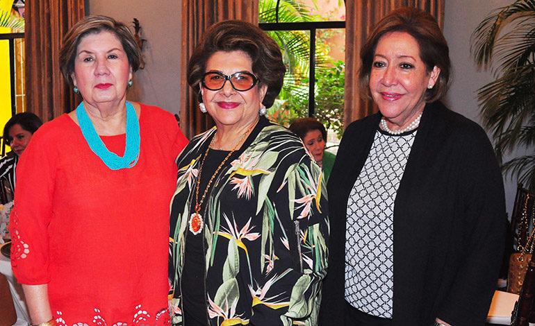 Mireya de Lima, Toya Atala, Liliana de Villeda.